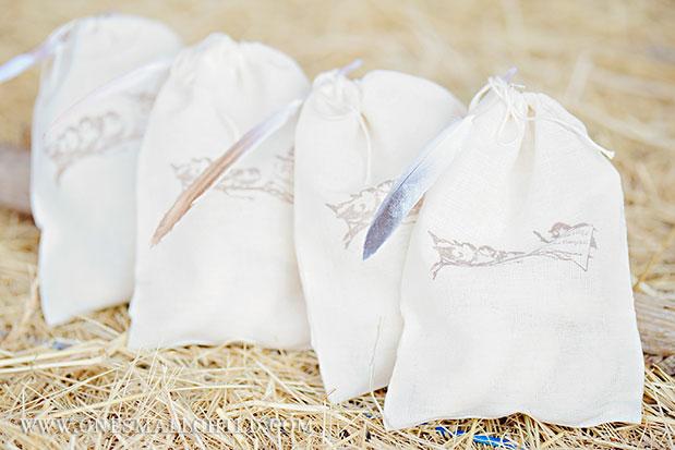 Bird Favor Bags | Baptism Party Ideas