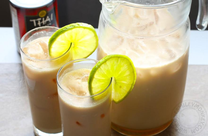 Sweet Iced Tea with Coconut Milk {Recipe}