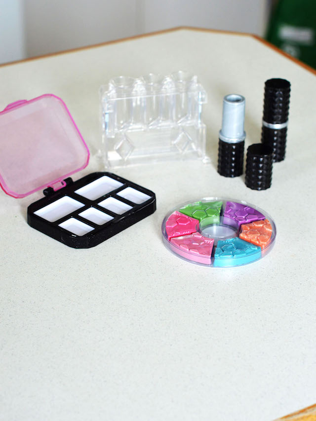 Project tMc2 nails/makeup review