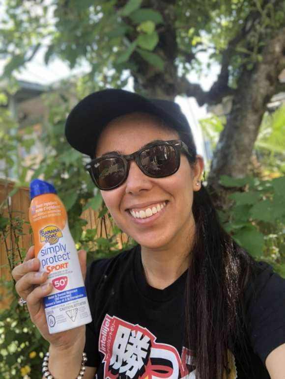 Banana Boat Simply Protect Sport Sunscreen Spray Review