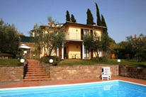 La Casa del Sole - villa in Tuscany with internet access and pool