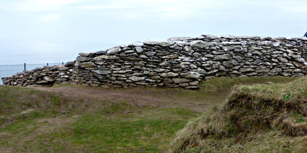 Exploring Ancient Stone Forts in Ireland || www.onetripatatime.com