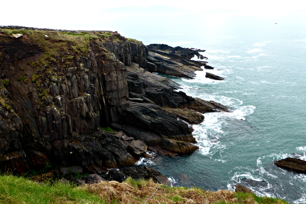 Exploring the Dingle Peninsula, Ireland || www.onetripatatime.com
