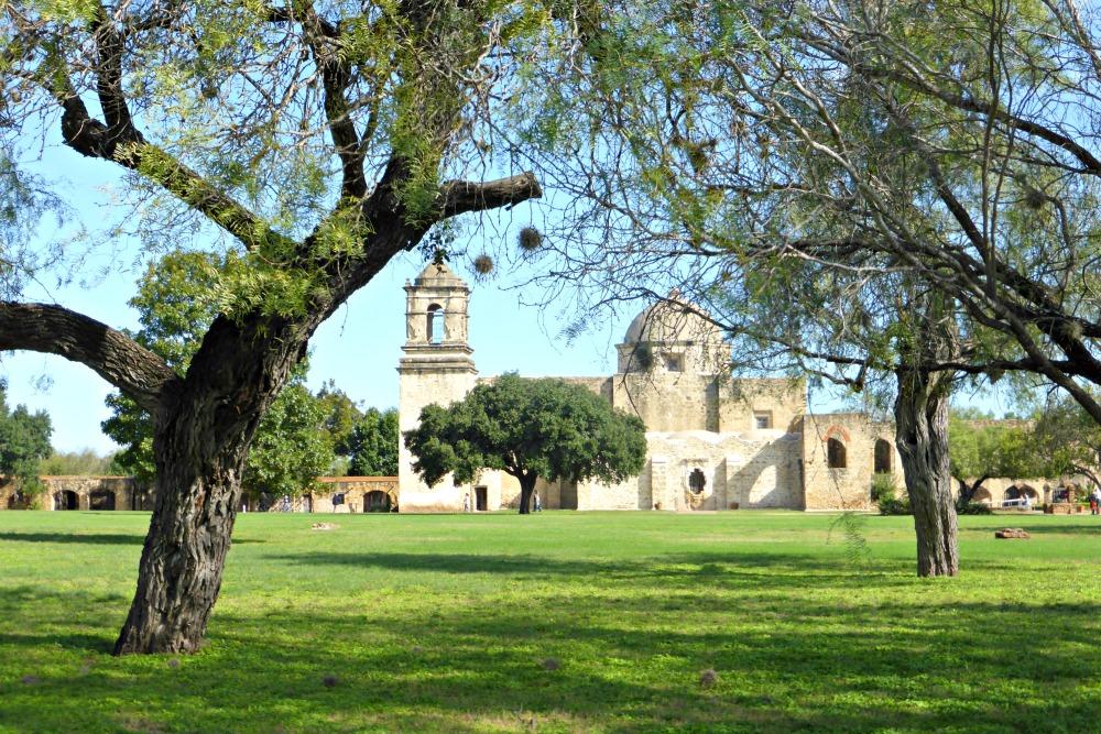 Beyond the Alamo: Exploring the San Antonio Mission Trail || www.onetripatatime.com