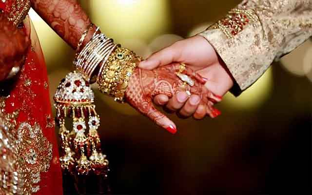 Why are divorce rates increasing in India?