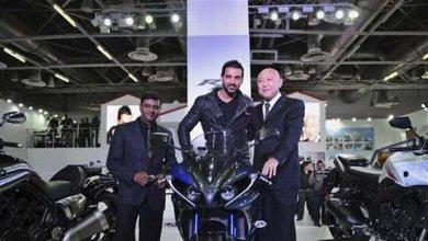 Auto Expo: Bike Lover John Abraham launched Yamaha MT -09