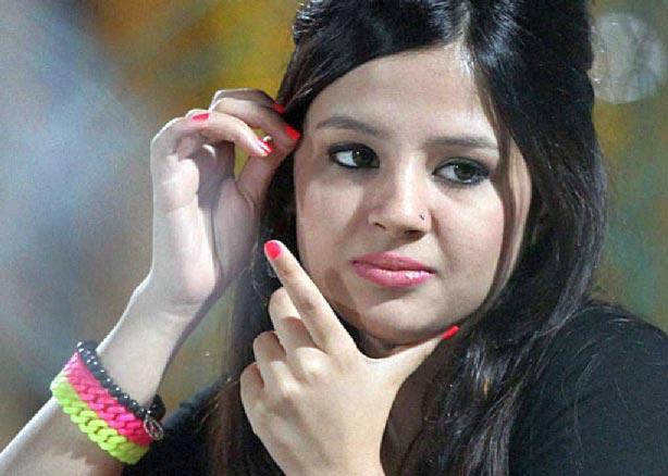 Multi-crore fraud case against Sakshi Dhoni