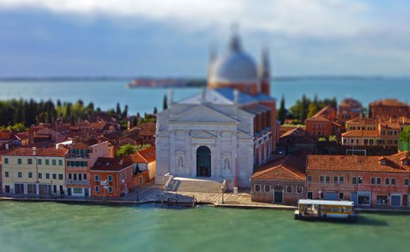 tilt-shift-photography-5 How to Cheat at Tilt-Shift Photography
