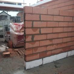 Le mur entre la buanderie et le garage