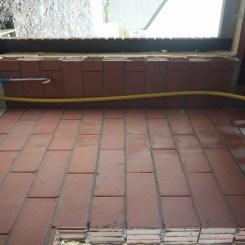 Robinet du garage et tuyau jaune inconnu