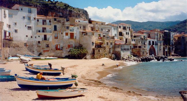 Playa de sicilia Cefalú