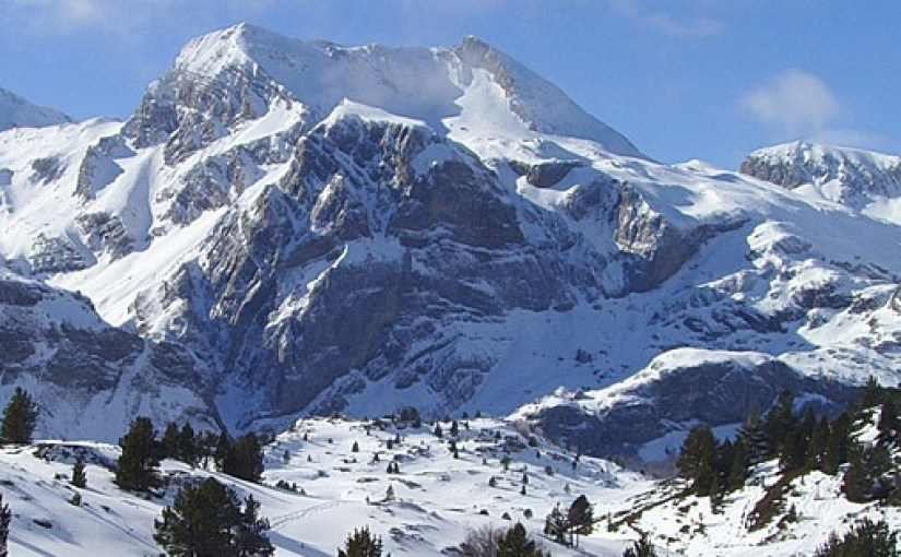 Winter holiday destination: roadtrip through the Aragon Pyrenees