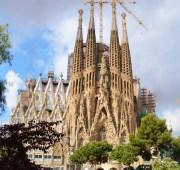 7 curiosidades sobre La Sagrada Familia de Barcelona.