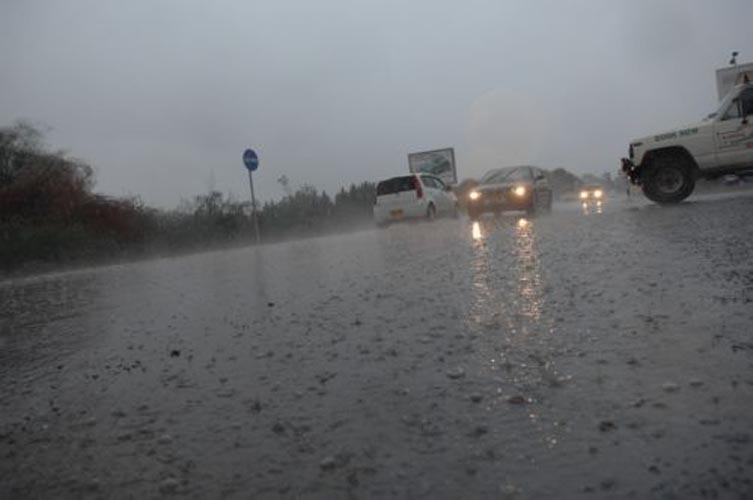 Βροχές και καταιγίδες και σήμερα στη Λάρισα- Δείτε την ωριαία πρόγνωση