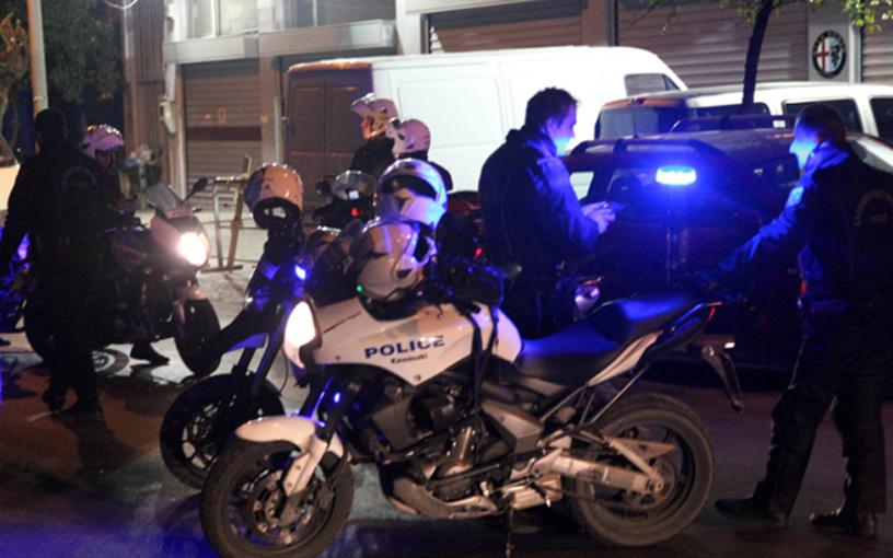 Συμπλοκή παρέας 6 Λαρισαίων με αστυνομικούς για να αποφύγουν αστυνομικό έλεγχο- Τραυματίες δύο αστυνομικοί
