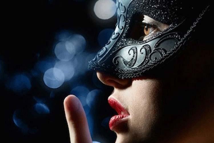 """Λαρισαίος παραλίγο να πληρώσει με τη ζωή του τις ερωτικές του περιπέτειες μπλέκοντας με """"γυναίκα - αράχνη""""!"""