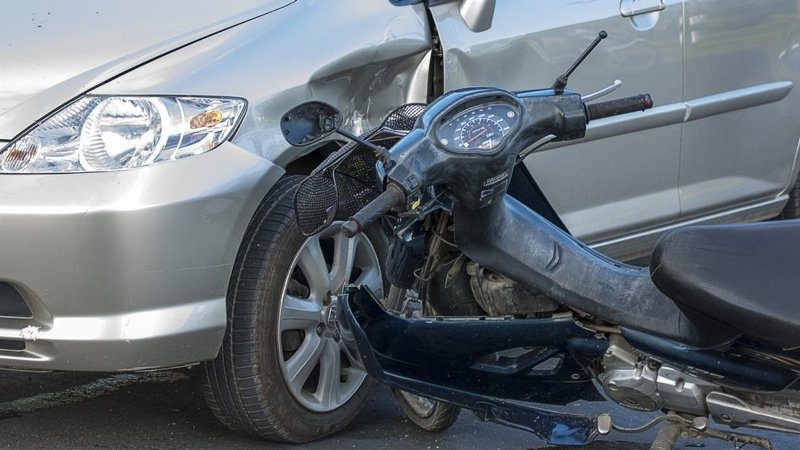 Τραυματίστηκε σοβαρά 27χρονος σε τροχαίο στην Ηρώων Πολυτεχνείου