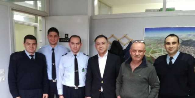 kellas3 2 - Κέλλας: Αστυνομικοί και πυροσβέστες ήρωες της καθημερινότητας