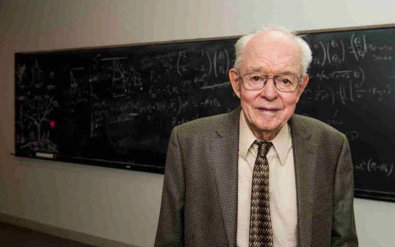 Dr. Eugene Parker (Photo by Jean Lachat, courtesy University of Chicago)