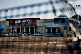 2-year-old accidentally kills his mom in Wal-Mart