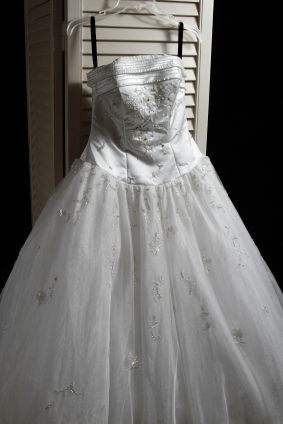 Hanging A Wedding Dress For Prolonged Period Of Time Can Cause The Fabric To Stretch And Distort