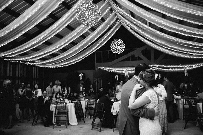 Gorgeous Barn Wedding Decor On A Budget Onlinefabricstore Blog