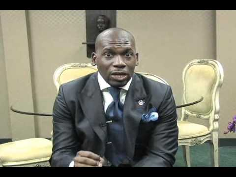 Dr. Jamal Bryant – Pray, Eat, Love Day 1 (Video)