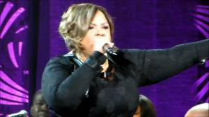 2014 Superbowl Gospel Show – Tamela Mann I Can Only Imagine (Live)