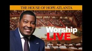 A SAVIOR WHO SPITS | Dr. E. Dewey Smith, Jr. | Worship Service