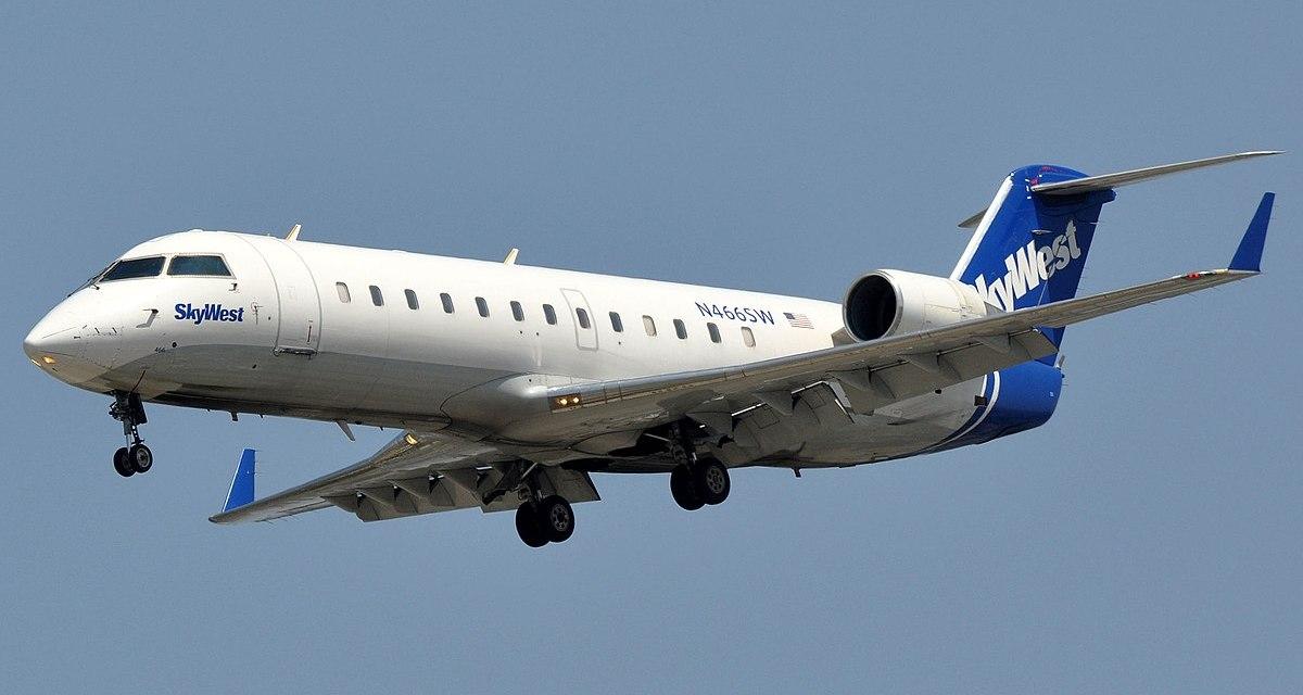 Bombardier Donates a CRJ200 Aircraft to Centennial College