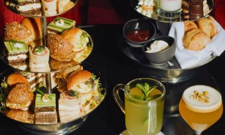BOOZY AFTERNOON TEA AT TY BAR AT FOUR SEASONS HOTEL NEW YORK