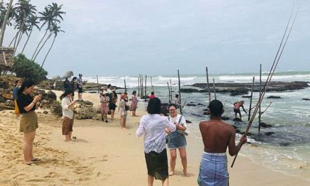 Chinese journalists on FAM tour to srilanka