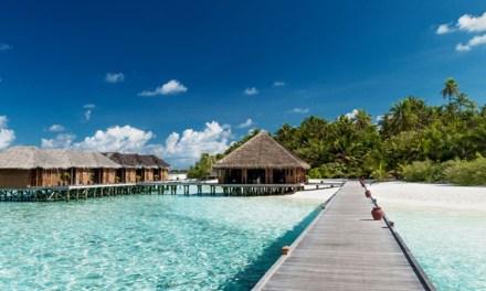 Covid surge threatens Maldives tourism