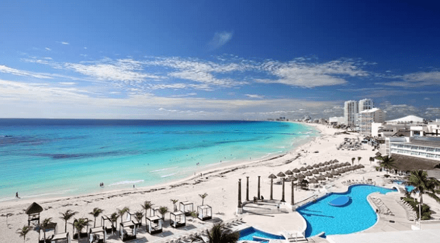 Perfect View of the Cancun Beach.