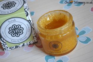 HollyBeth Organics Grits & Honey Scrub