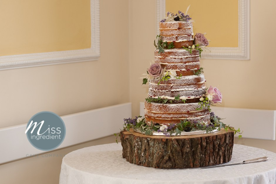 wedding cakes rustic wedding wednesday 4 rustic wedding cakes you ll 25402