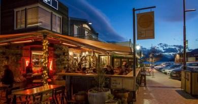 5 Best Bars with Pokies Queenstown