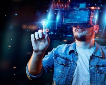 Practicant de jocuri cu tehnologia VR