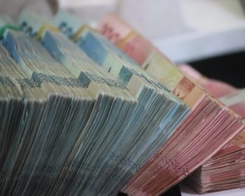 unde-sa-depozitezi-sume-mari-de-bani