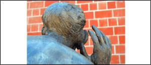 Symbolbild Belauschen Abhören