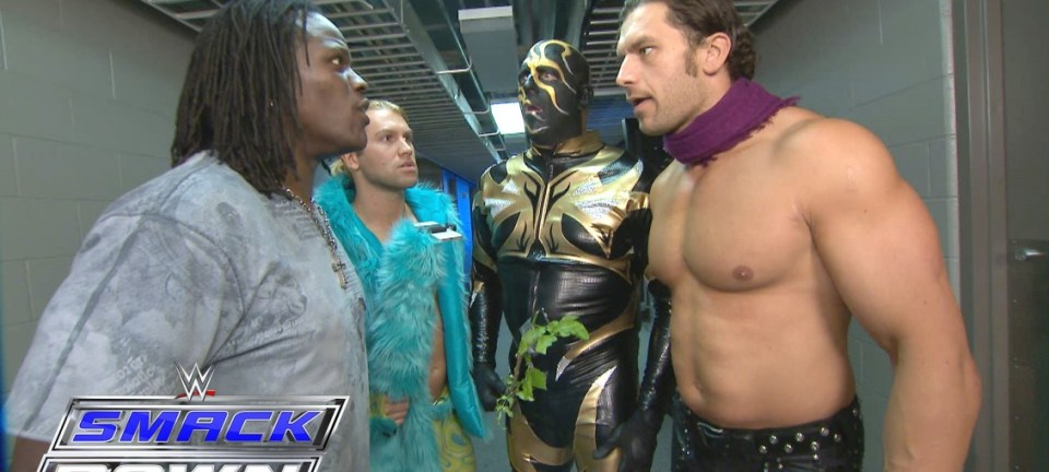 Gold-Dango-to-battle-The-Gorgeous-Truth-next-week-on-SmackDown-SmackDown-May-5-2016-1132x509