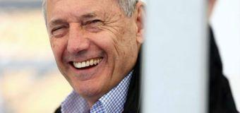 Ο Ron Dennis πουλάει τις μετοχές της McLaren