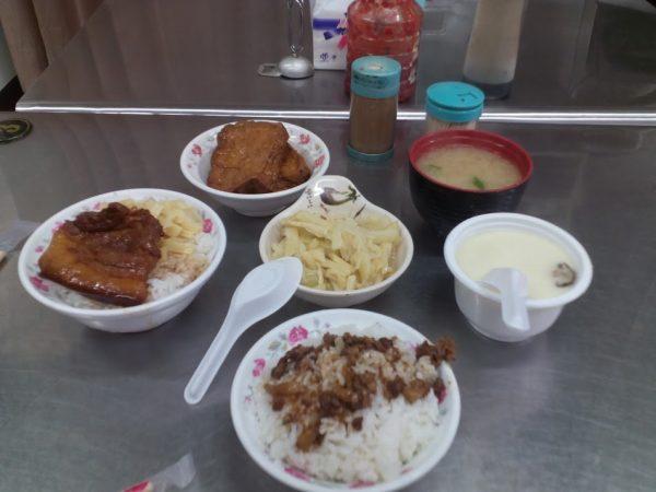 [宜蘭]琴香焢肉飯~好吃又便宜的宜蘭美食