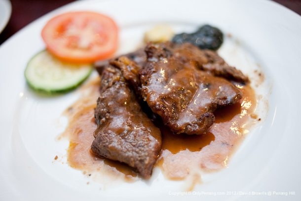 BBQ Beef with Creamy Sauce