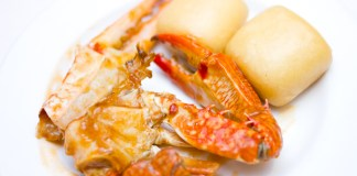 Chili Crab with Mantau
