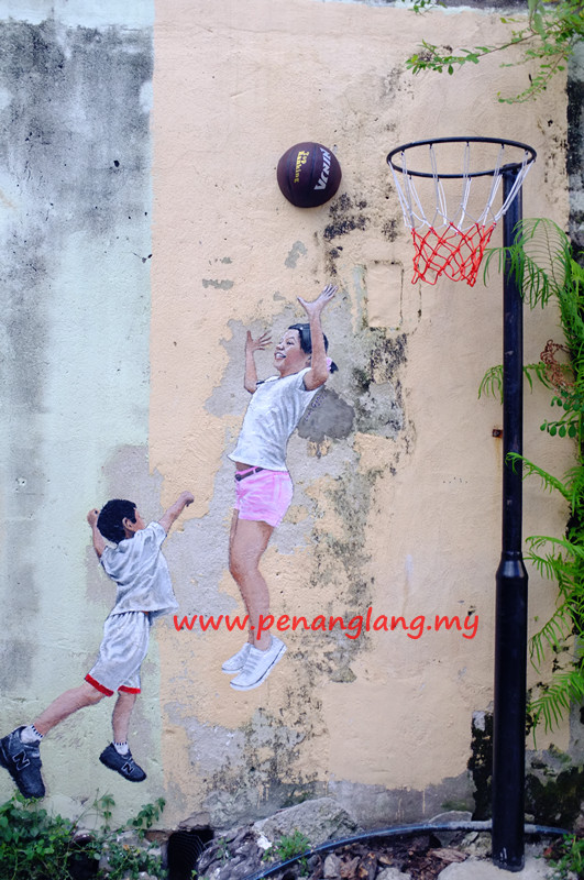 Penang Street Art - Children Playing Basketball at Gat Lebuh Chulia, Penang