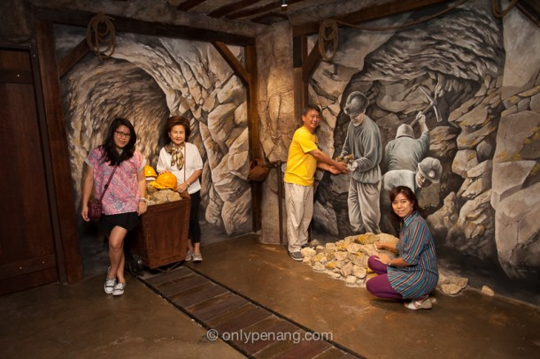 3D props in Penang Gold Museum