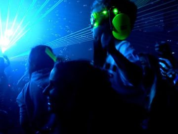 Watch How Parents Rave With Their Kids