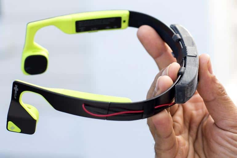 An example of a headband that might be useful for such a project, via Microsoft.