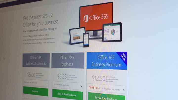 Google Apps are offering cheaper plans to nab Office 365 customers from Microsoft.